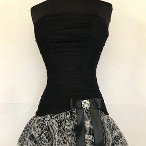 Blondie Nites Junior Strapless Cocktail Dress